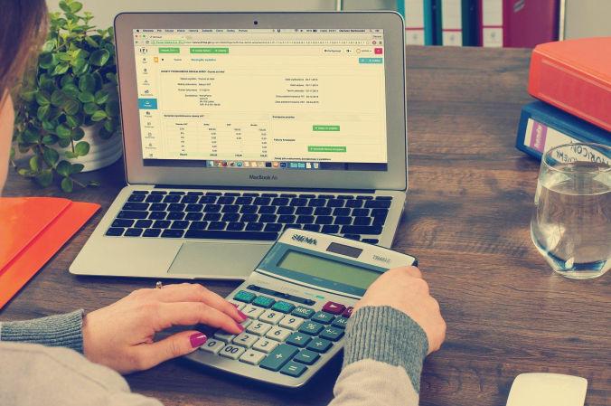 Pembukuan adalah nadi dari bisnis. Jangan gamang dengan pembukuan berbasis akuntansi.